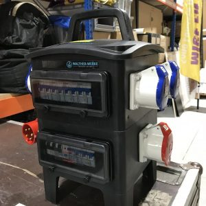 Armoire électrique 32Ampères / 8 PC 16A mono stands