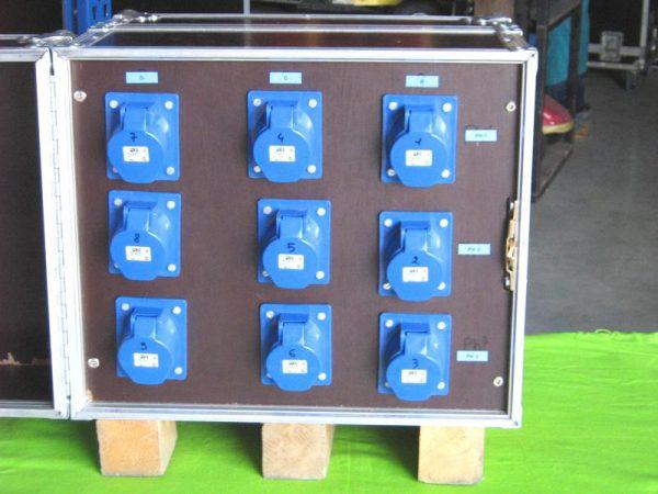 Armoire électrique 63ampères / 380volts / 9 x 32A mono
